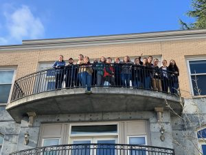 Groups photo on balcony